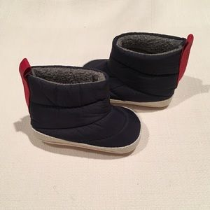 Baby Gap Infant Booties NWOT 0-3 months